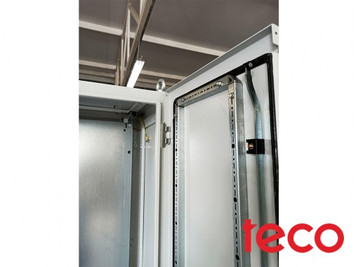 Floor-standing electrical enclosure AWD series