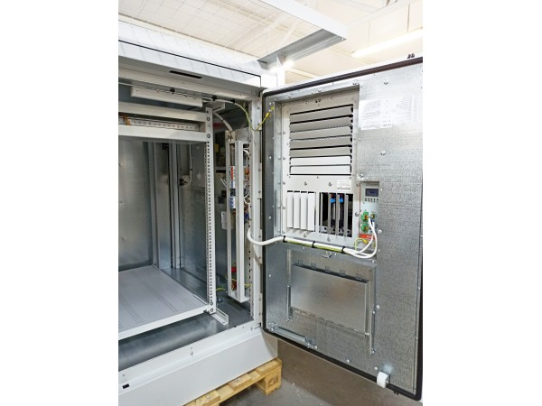 Climatic cabinets for aggressive environments: V wind region and snowfalls